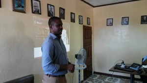 UMConnect  Africa trainer, Ndzulo Tueche Joe leading training in Liberia